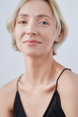 Karolina Porcari - gallery 25